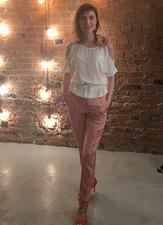 Ольга Меньшикова - Психолог, коуч, логопед. Автор и ведущая тренингов, трансформационных психологических и бизнес-игр, обучающий тренер по МАК, технике RPT